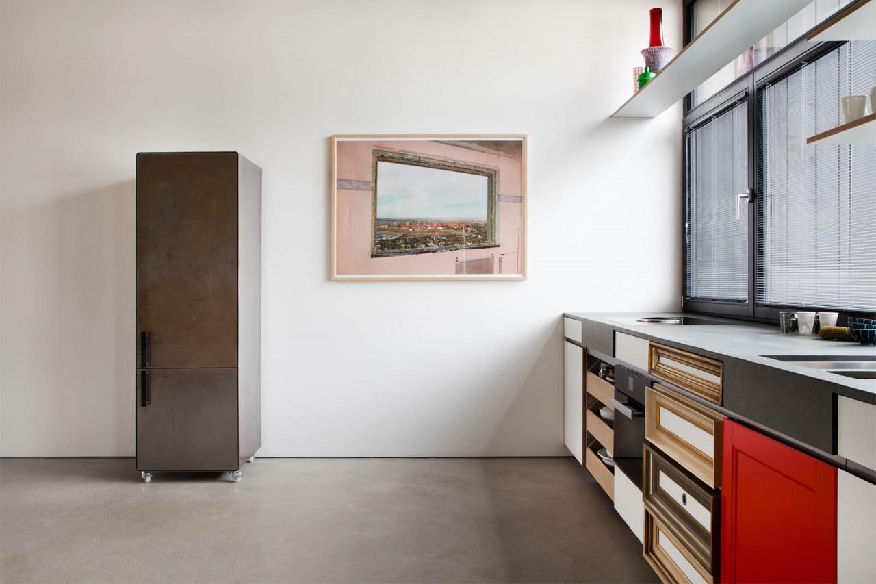 kr9_3 kochstelle mit kühlschrank_1600